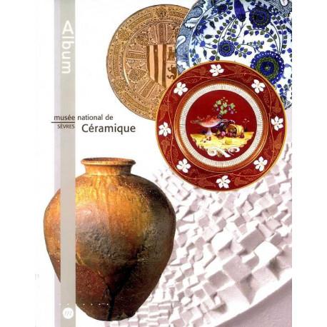 Album du musée de la céramique à Sèvres