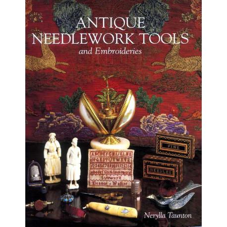 Antique Needlework Tools /anglais