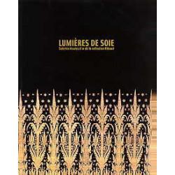 Lumières de soie soiries tissées d'or de la collection Riboud